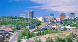 Yellowknife (c) NWTT (Terry Parker)