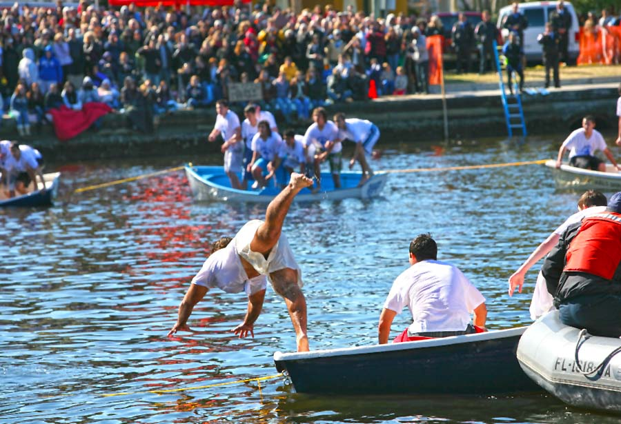 Tarpon Springs Epiphany Celebration (c) Visit St. Pete/Clearwater