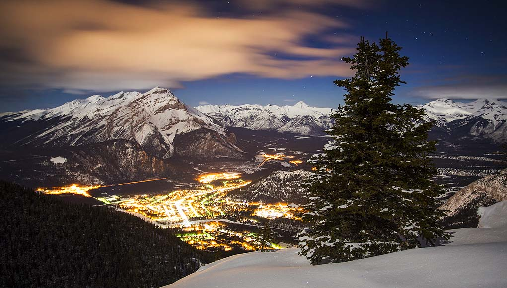 Banff (c) BANFF & LAKE LOUISE TOURISM Paul Zizka