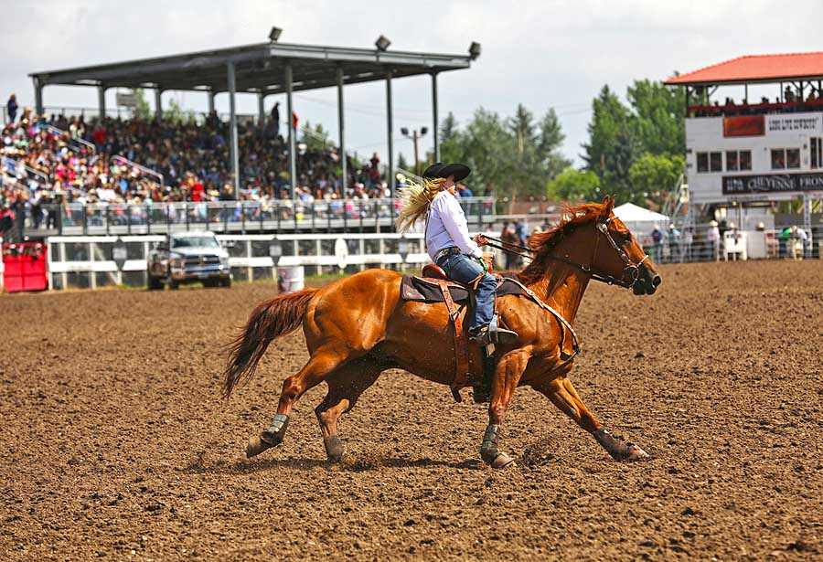 Wyoming Rodeo (c) Wyoming Office of Tourism