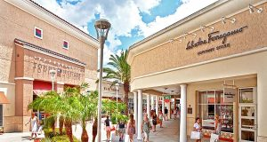 Simon Premium Outlets (c) SIMON PROPERTY GROUP, L.P.