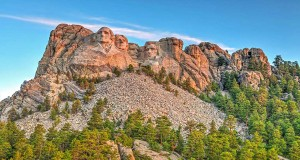 Mount Rushmore National Monument (c) SD Tourism