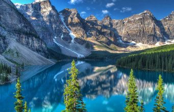 Moraine Lake Banff (cc) David Grant