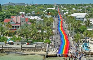 Key West Rainbow Flagge (c) Andy Newman / Florida Keys News Bureau